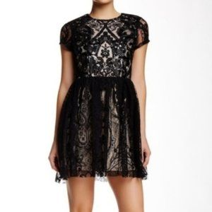 Alexia Admor | Lace Sequin Embellished Dress Sz S